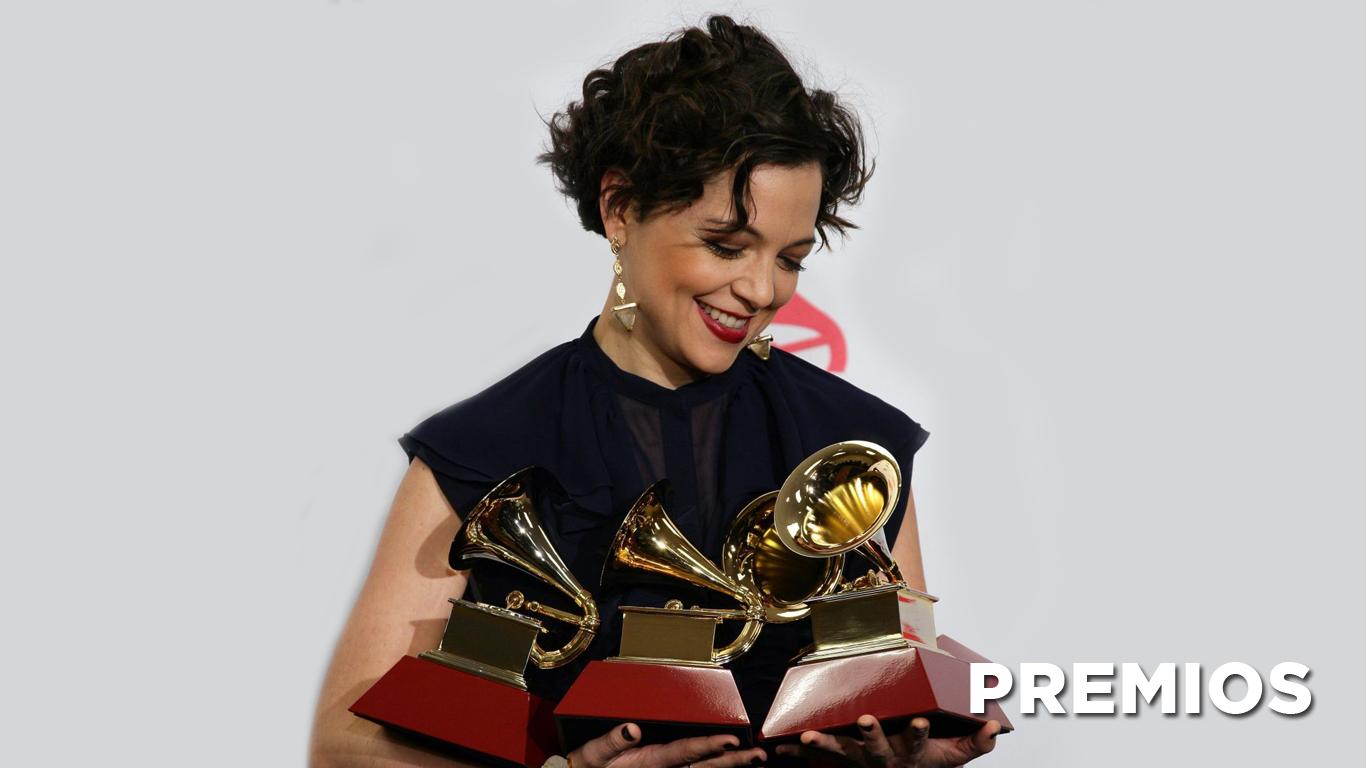premios-natalia-lafourcade