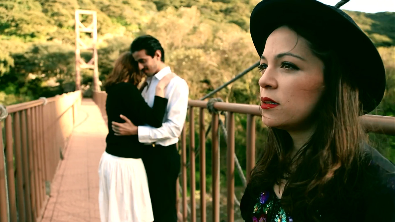 video-natalia-lafourcade-el-amor-acaba-jose-tributo