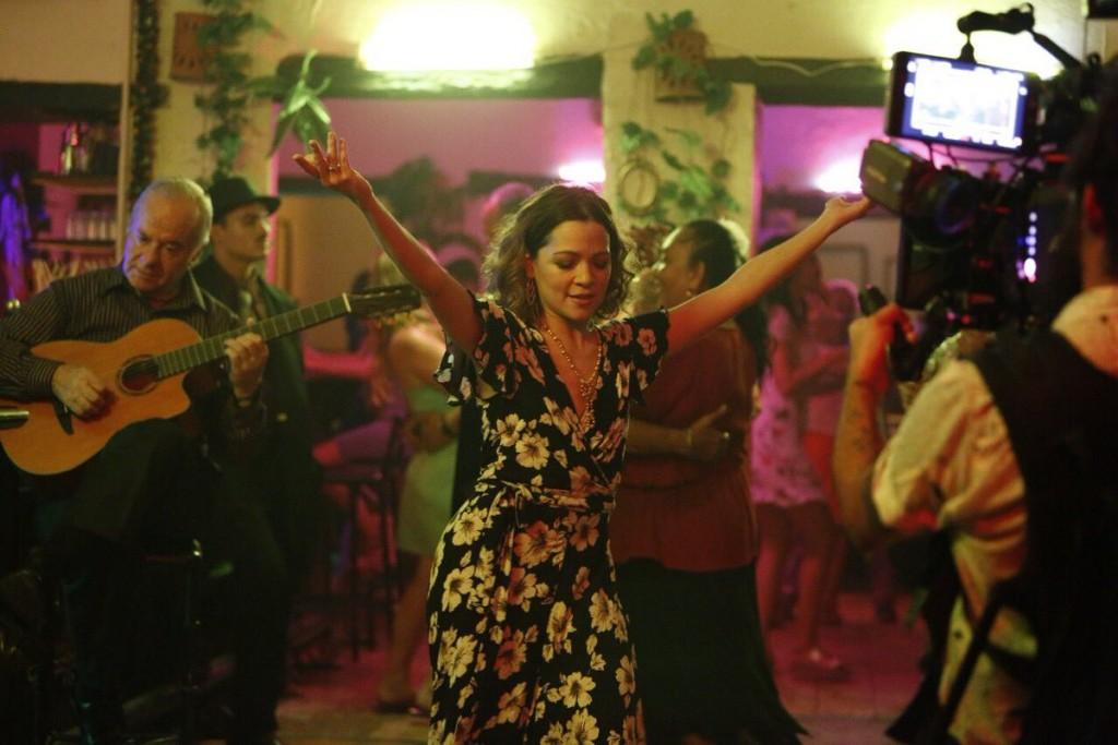 Danza de gardenias Video Lafourcade 02