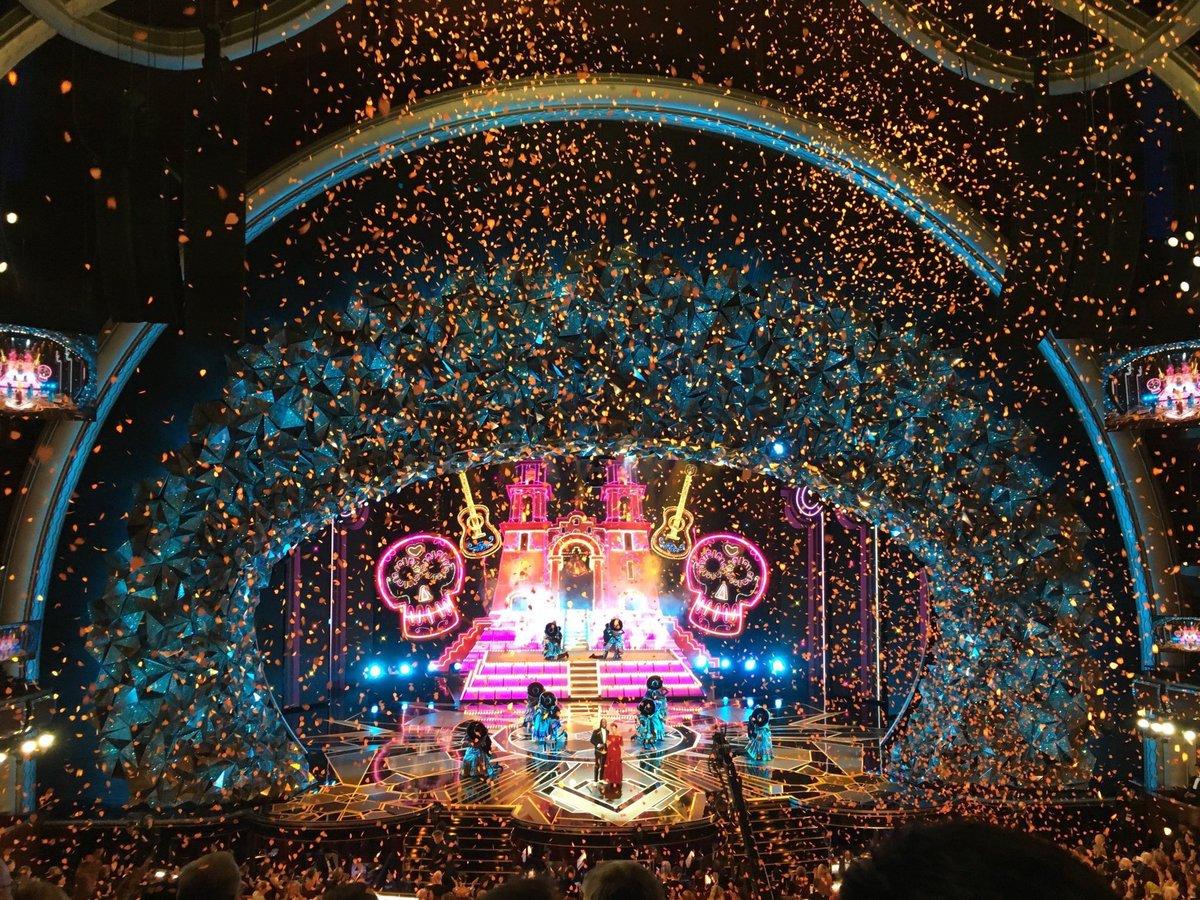 Natalia Lafourcade Oscars 2018 Coco Remember me Miguel Live 06